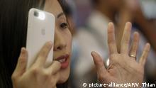 China Hongkong Proteste mit Smartphones