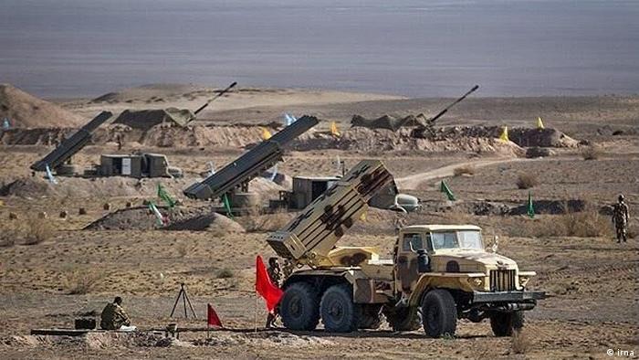 عکس آرشیوی از یکی از رزمایشهای نیروهای مسلح جمهوری اسلامی
