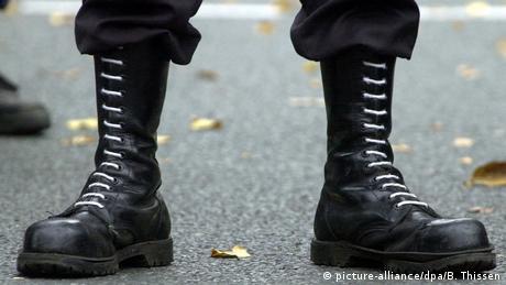 Ζεεχόφερ: Μεγαλύτερη απειλή για τη Γερμανία η ακροδεξιά