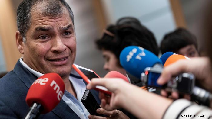 Belgien PK Rafael Correa im EU-Parlament (AFP/K. Tribouillard)