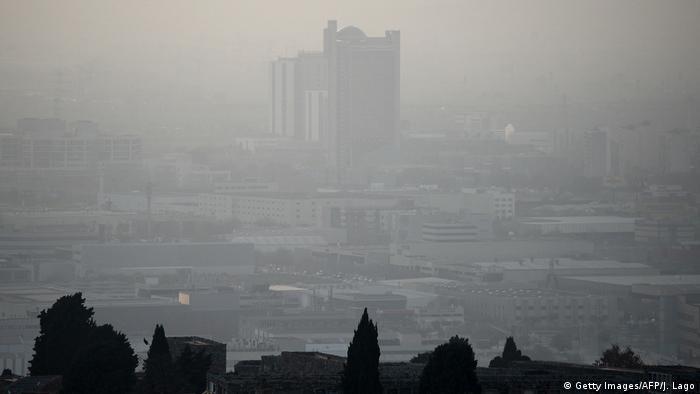 Spanien: Umweltbelastung und Luftverschmutzung in Barcelona