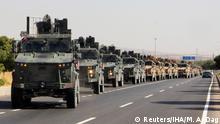 Türkei Kilis Militärkonvoi an der Grenze zu Syrien