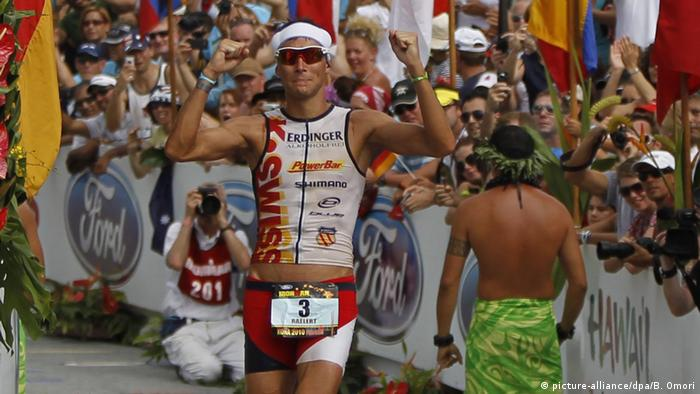 Ironman Hawaii - Andreas Raelert (2010) (picture-alliance/dpa/B. Omori)