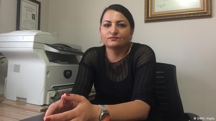 10 Ekim Ankara Gar Katliamı'nda eşini kaybeden Mehtap Sakinci, hak mücadelesi için bir grup ailenin kurduğu 10 Ekim Derneği'nin başkanı.