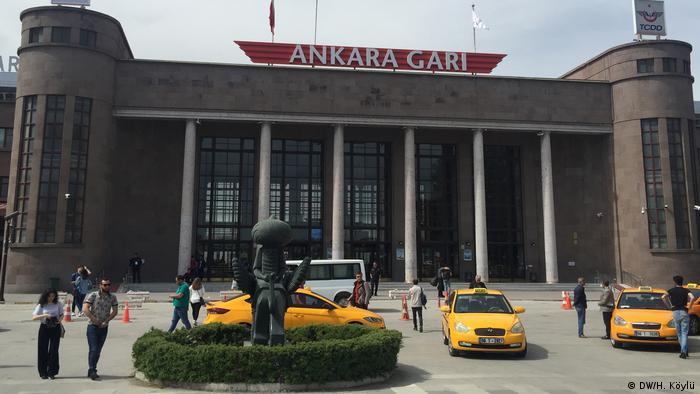 Zum Jahrestag des Terroranschlags in Ankara, Ankara Gari (Hauptbahnhof)