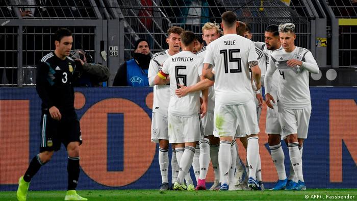 Fußball Freundschaftsspiel   Deutschland vs Argentinien   Torjubel