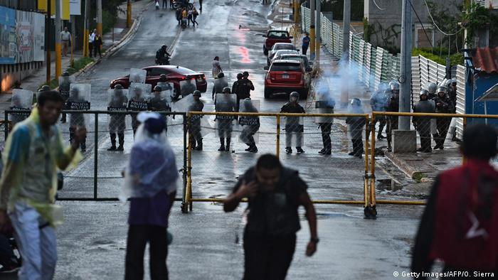 Honduras Proteste - Zusammenstösse mit der Polizei