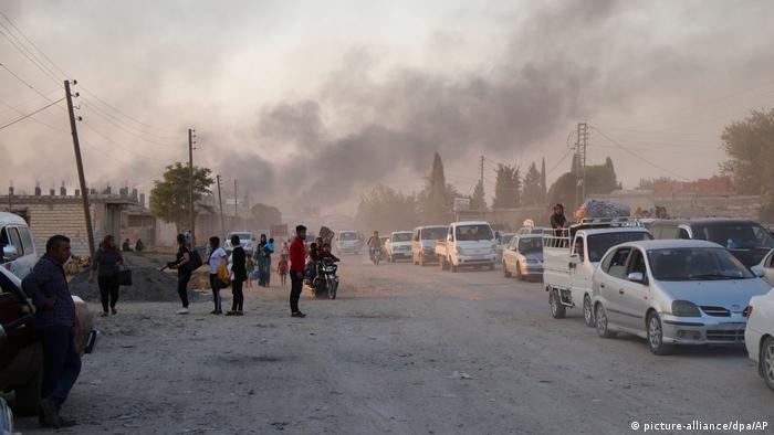 Syrien Ras al Ayn Militäroffensive der Türkei in Nordsyrien (picture-alliance/dpa/AP)