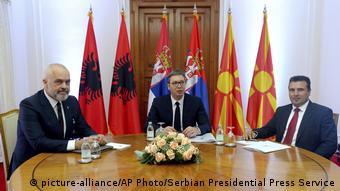 Πρωτοβουλία για την ενίσχυση της συνεργασίας στα Δυτικά Βαλκάνια: σύνοδος κορυφής Βόρειας Μακεδονίας-Αλβανίας-Σερβίας στο Νόβι Σαντ τον Οκτώβριο