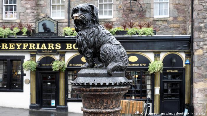 Hundestatue, Edinburgh, Schottland, Großbritannien, Europa (picture-alliance/imagebroker/M. Nitzschke)