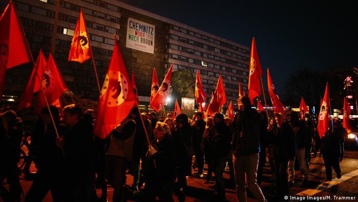 Demonstration von Sven Liebichs Merkeljugend˜ in Chemnitz