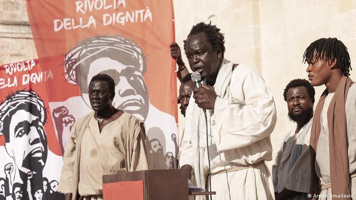 Activists at a Rivolta della dignita rally