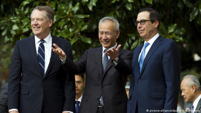 USA und China verhandeln neues Handelsabkommen (picture-alliance/dpa/AP/J. L. Magana)