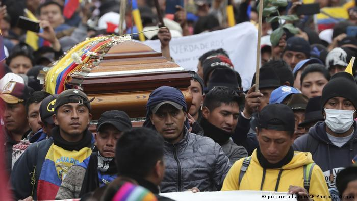 Politische Krise in Ecuador (picture-alliance/AP Photo/D. Ochoa)