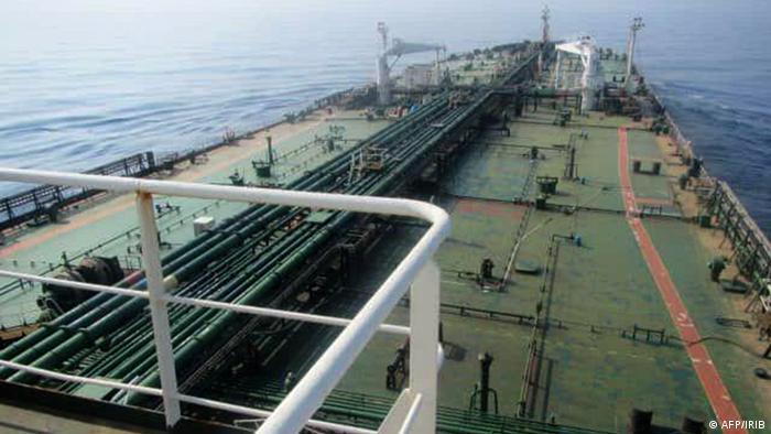 Explosión en el petrolero iraní Sabiti. (AFP/IRIB).
