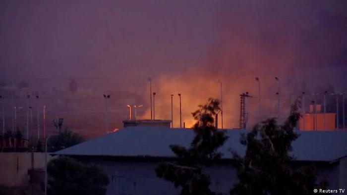Syrien Konflikt Grenze Türkei | Explosion in Tel Abyad (Reuters TV)