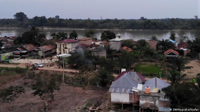 Desa Rukam di Kecamatan Taman Rajo, Muaro Jambi, Jambi.