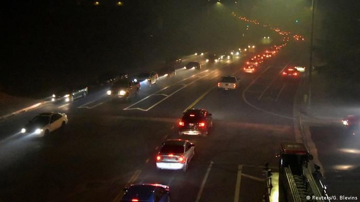 Full highway at night in Sylmar (Reuters/G. Blevins)