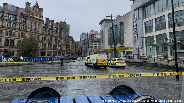 Polícia antiterrorismo investiga ataque a faca em centro de compras em Manchester