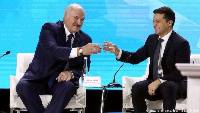 Володимир Зеленський і Олександр Лукашенко під час минулорічного Форуму регіонів у Житомирі