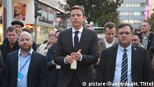 Saabrücken   Trauerzug der Jungen Union Saar zur Synagoge in Saarbrücken