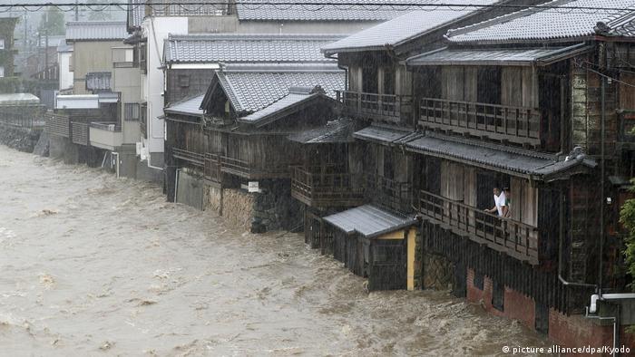 Japan Unwetter l Taifun Hagibis in Ise