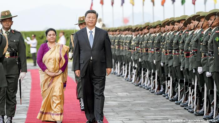 Xi Jinping in Nepal (picture-alliance/dpa/L. Xueren)