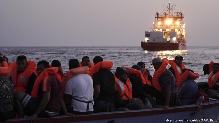 """""""Ocean Viking"""" rettet wieder Migranten"""