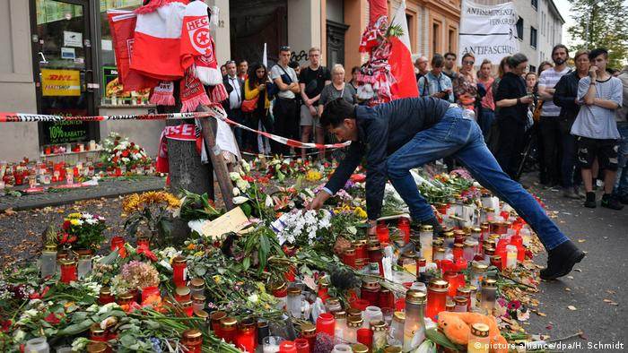 Flowers and candles near the Halle synagogue attacked by a right-wing extremist