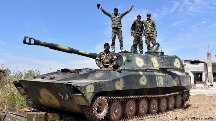 Syrien Regierung Armee ARCHIV (picture-alliance/dpa/Str)