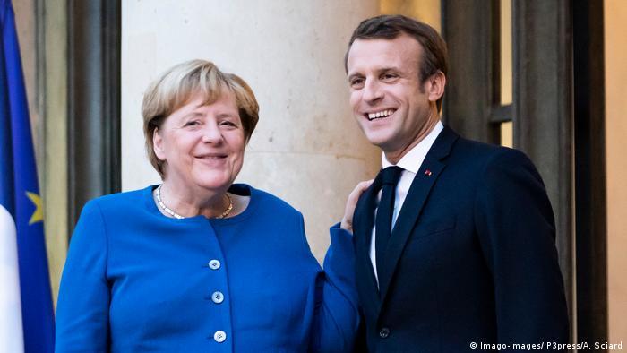 Frankreich Merkel und Macron wollen bei Krisen zusammenstehen (Imago-Images/IP3press/A. Sciard)