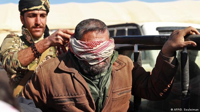 Islamic State prisoner (AFP/D. Souleiman)