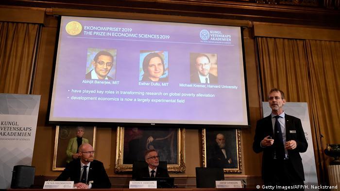 Schweden   Abhijit Banerjee, Esther Duflo und Michael Kremer ausgezeichnet mit Wirtschaftsnobelpreis