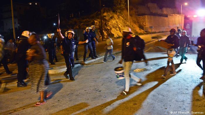 Griechenland Ausschreitungen in Migrantenlager auf Samos