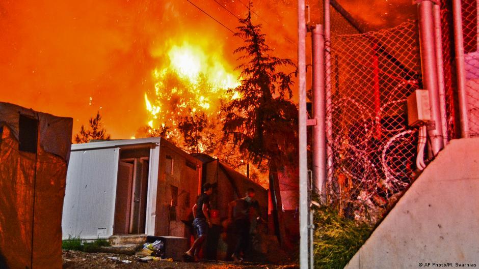 اليونان ـ السيطرة على ثالث حريق في مخيم للاجئين