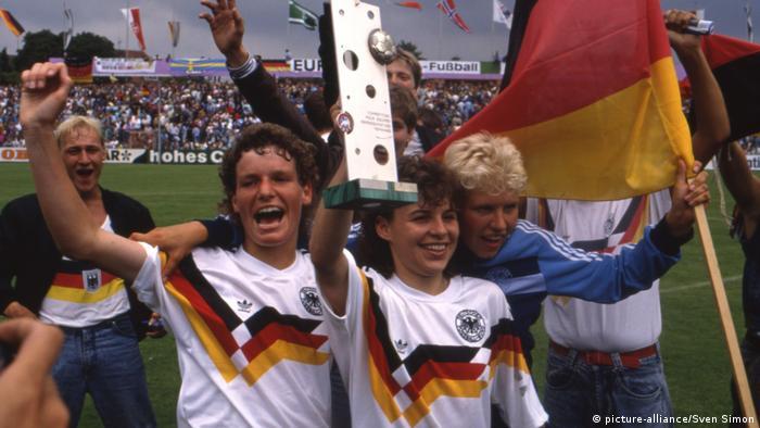 Germany's women celebrate winning the 1989 European championship