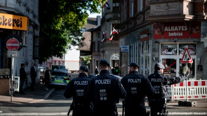 Policiais em Dortmund