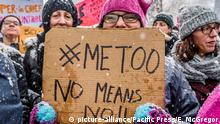 USA New York | #MeToo Rally vor dem Trump International Hotel am Columbus Circle