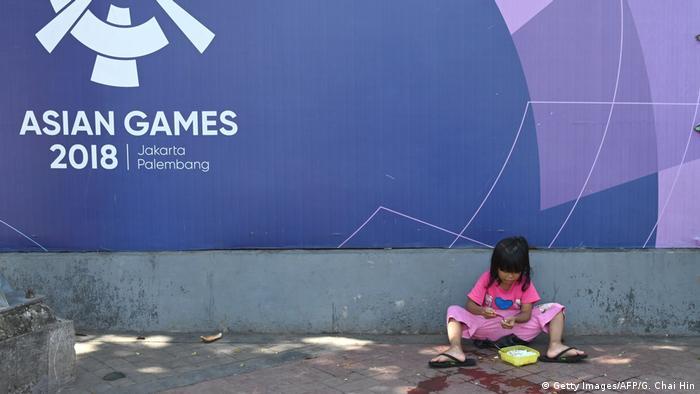 Indonesien Jakarta   Thema Kinder & Ernährung, Fertignahrung