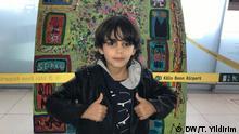 02.10.2019 Das Wunderkind Mikail Akar malt Bilder Der kleine Künstler Mikail Akar stellt seine Werke im Köln/Bonner Flughafen aus
