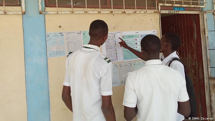 Abstimmung Hinweise in Tete, Mosambik