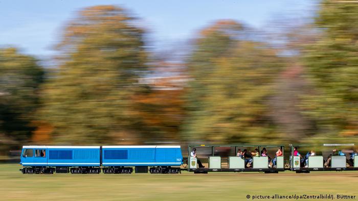BdT Parkeisenbahn dreht ihre Runden