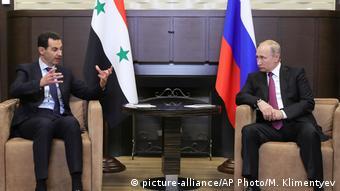 O Mπασάρ Αλ Άσαντ με τον Βλαντιμίρ Πούτιν στο Σότσι της Ρωσίας