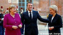 16.10.2019 *** French President Emmanuel Macron and German Chancellor Angela Merkel welcome European Commission president-elect Ursula Von der Leyen after a joint Franco-German cabinet meeting in Toulouse, France, October 16, 2019. REUTERS/Regis Duvignau