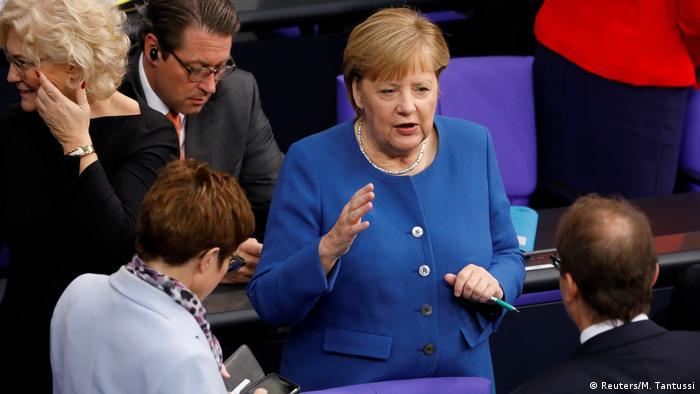 Bundestag Angela Merkel (Reuters/M. Tantussi)