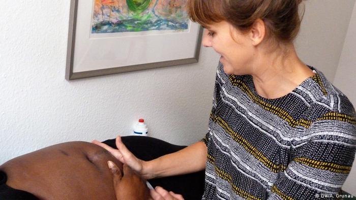 Pregled trudnice bez dokumenata u ordinaciji AnDOCken u Hamburgu