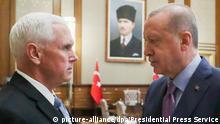 Türkei Ankara Treffen Präsident Recep Tayyip Erdogan mit US-Vizepräsident Mike Pence