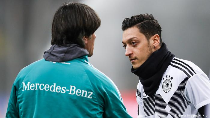 Joachim Löw und Mezut Özil