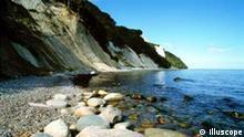 Steilküste mit Kreidefelsen und Königsstuhlfelsen auf Rügen