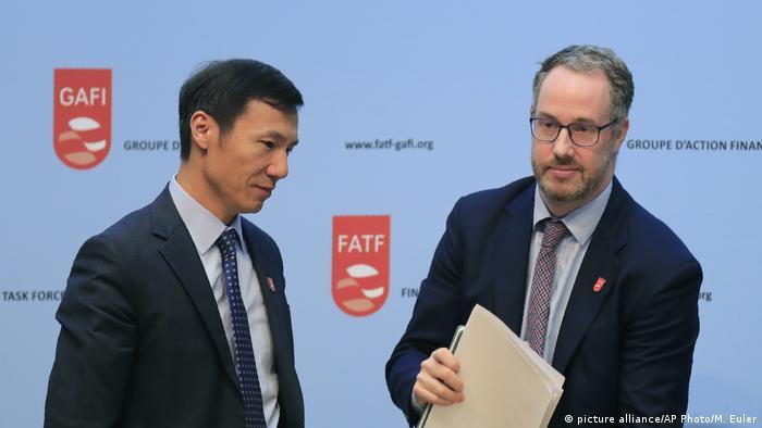 Frankreich l Financial Action Task Force (FATF) Medienkonferenz - Xiangmin Liu und David Lewis